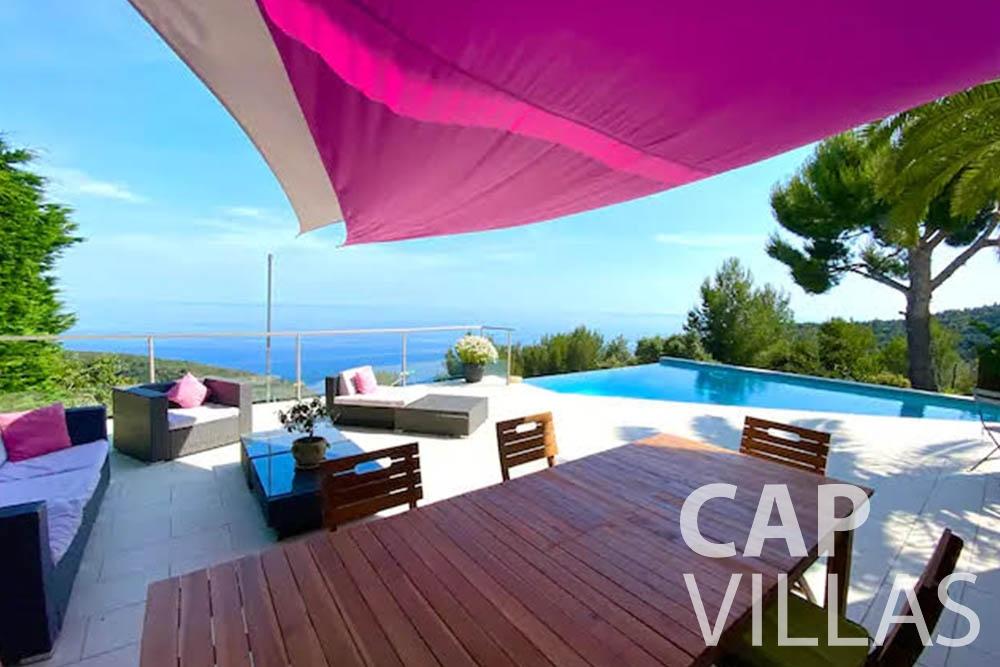 holiday rental romina eze terrace sea view