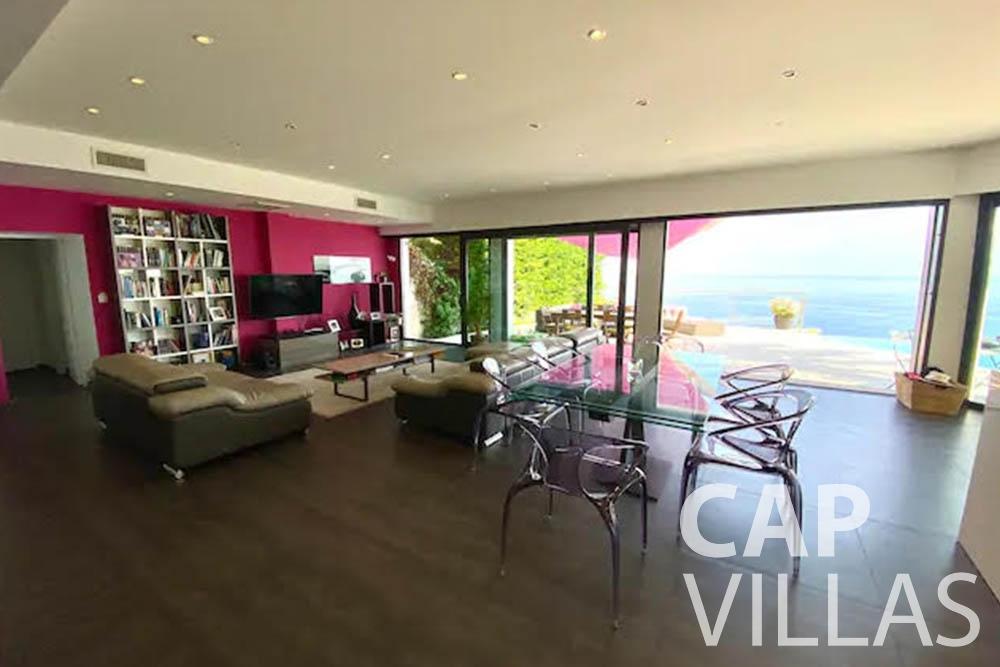 rent Villa Romina romina eze living area