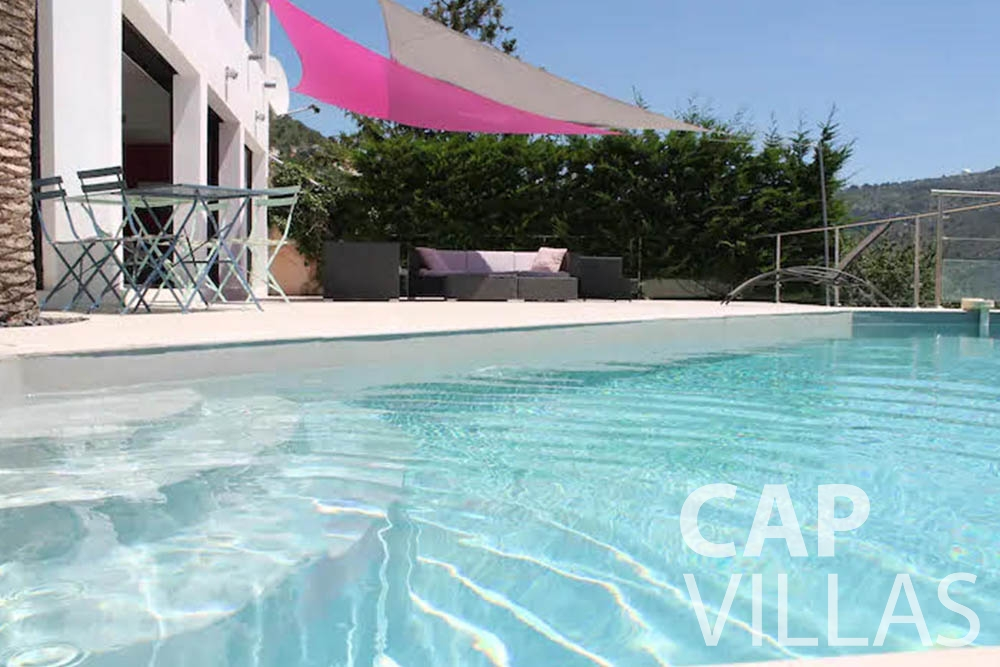 rent Villa Romina romina eze swimming pool