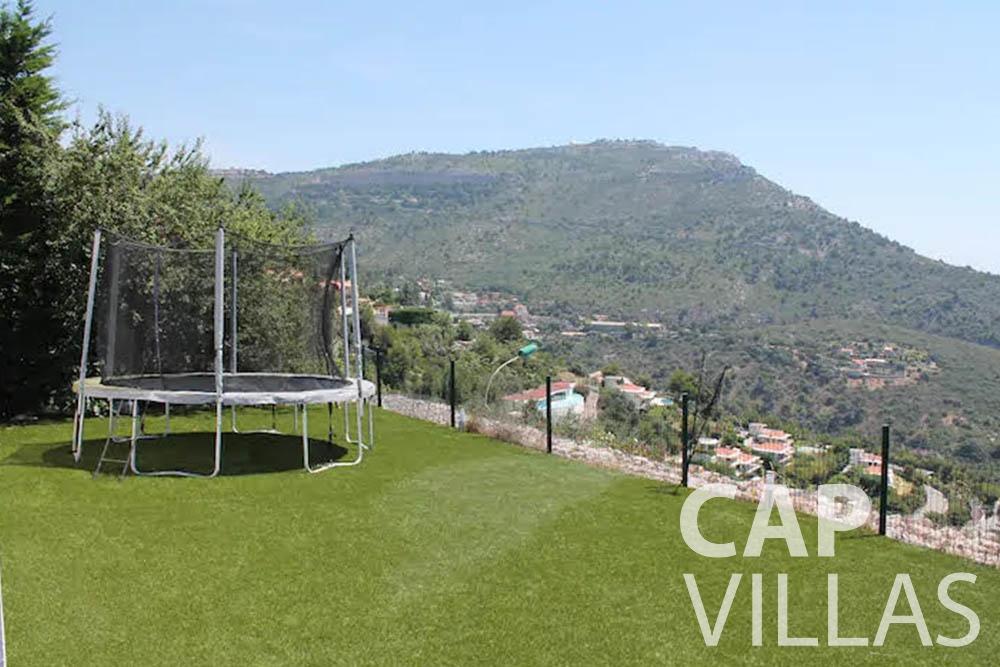 rent Villa Romina romina eze trampoline overlooking sea