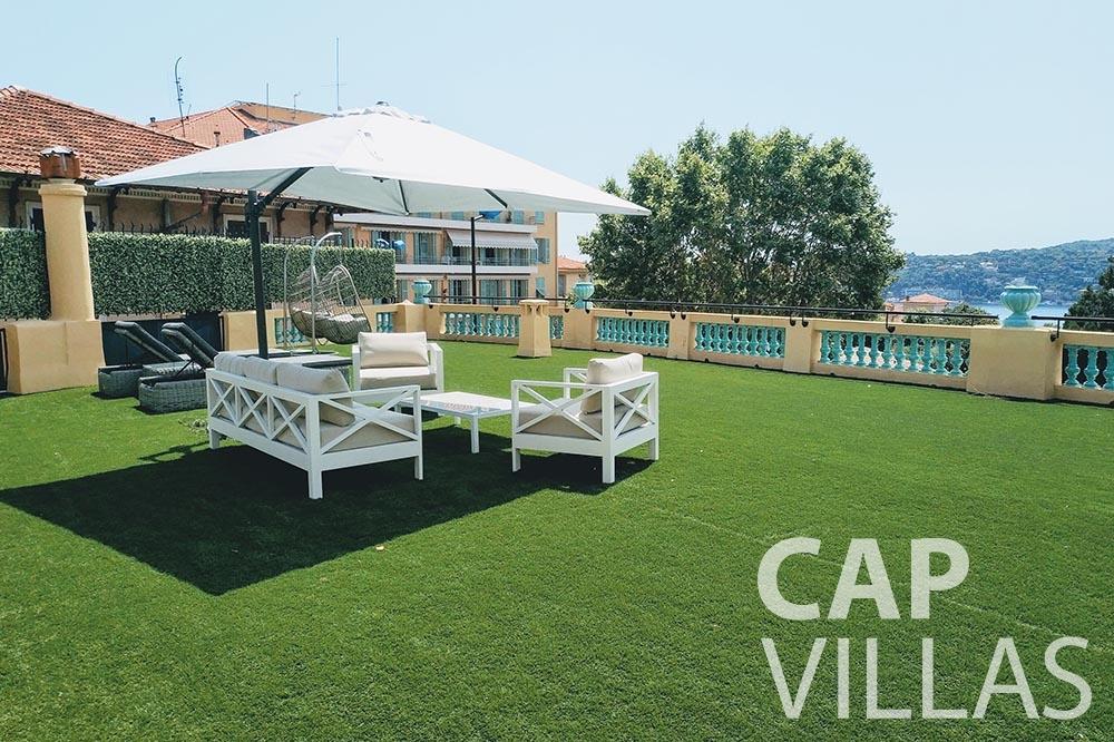 rent Villa Royale semiramis villefranche sur mer terrace