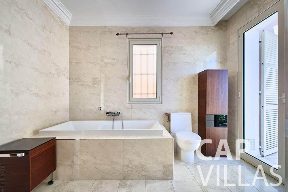 Villa Serena for let eze serena batoom