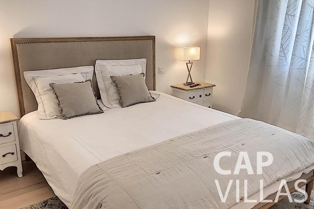 villa for sale moujins valeriya bedroom ()