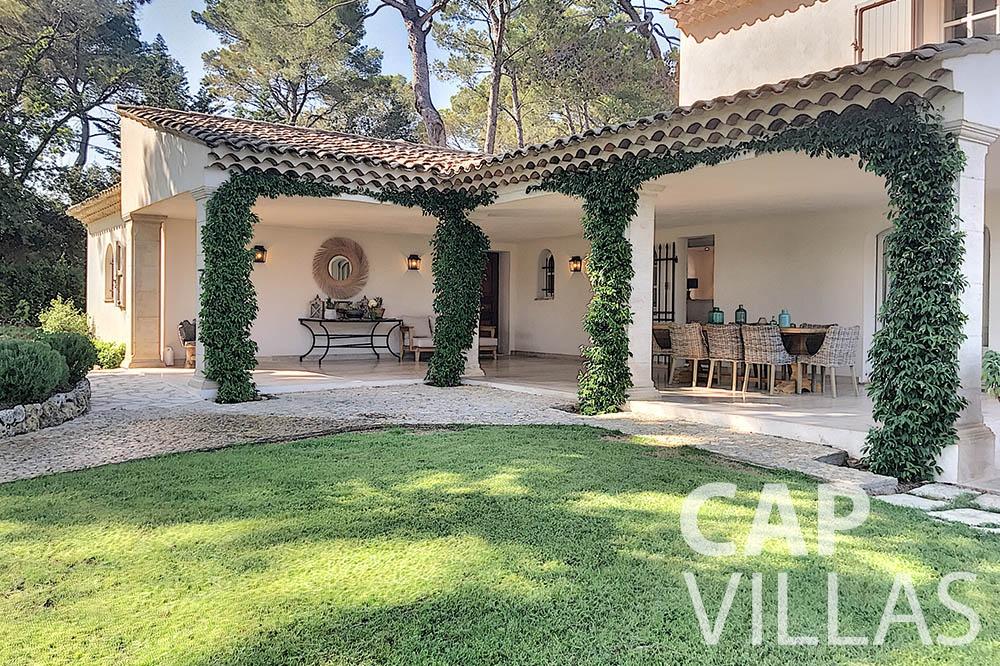 villa for sale moujins valeriya covered terrace ()