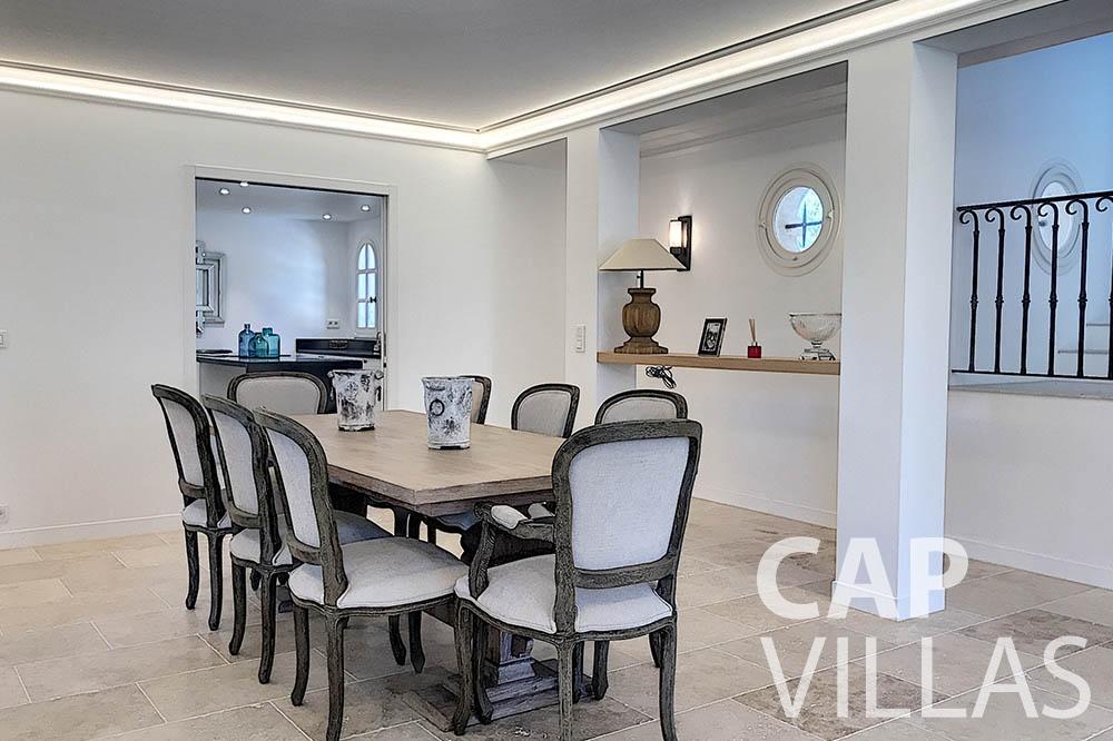 villa for sale moujins valeriya dining area ()