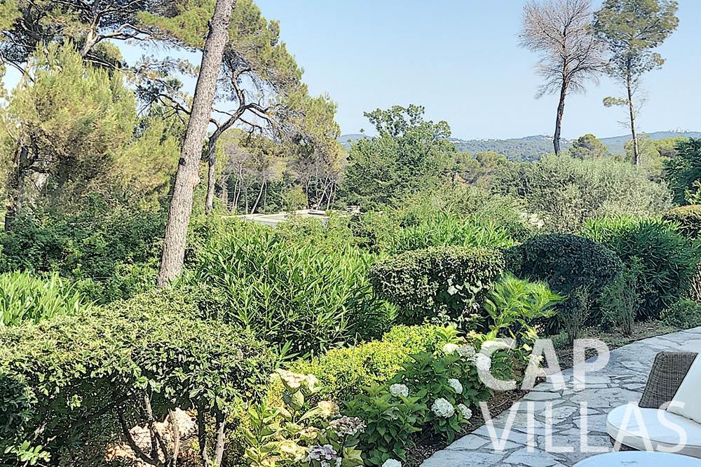 villa for sale moujins valeriya garden ()