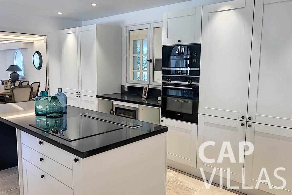 villa for sale moujins valeriya kitchen