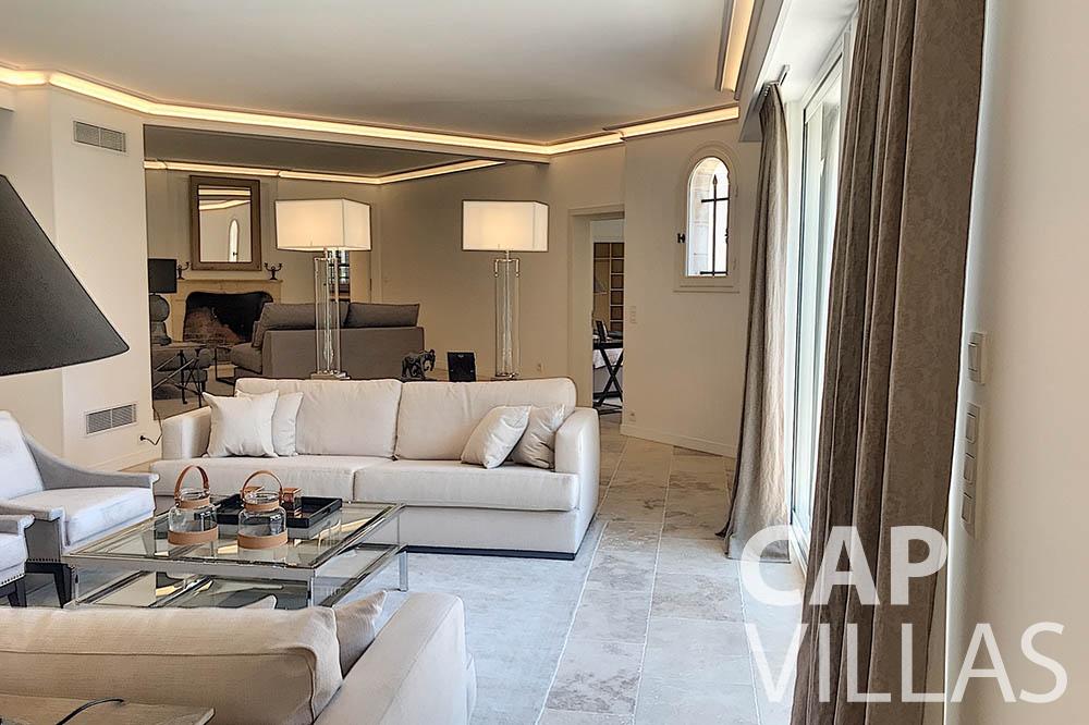 villa for sale moujins valeriya living area ()