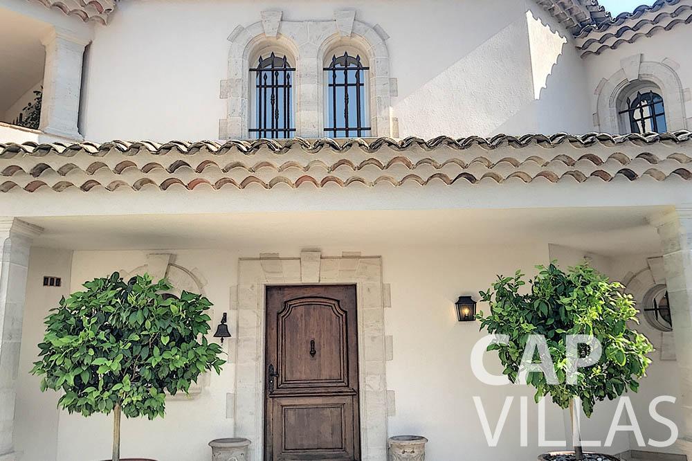 villa for sale moujins valeriya property front