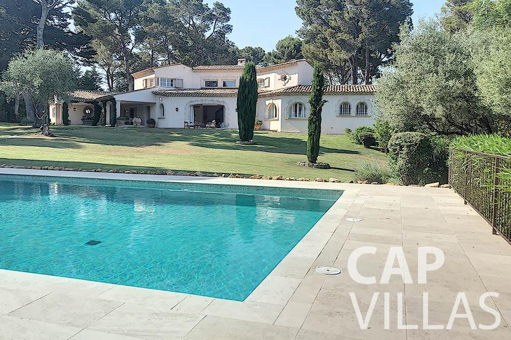 villa for sale moujins valeriya swimming pool