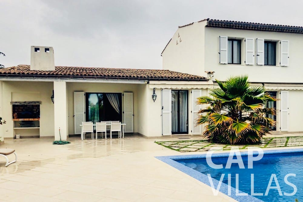 Villa Valéry for rent cap de nice valery property front