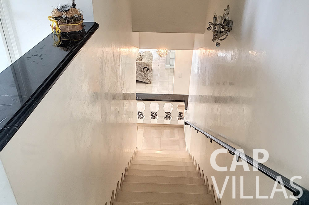 Villa Valéry for rent cap de nice valery stairs
