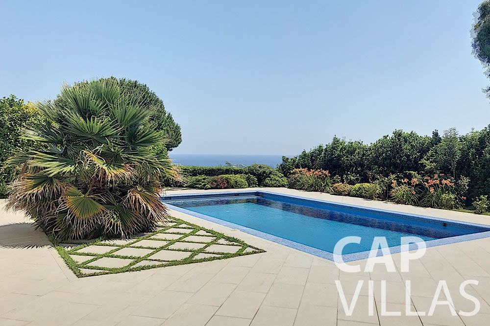 Villa Valéry for rent cap de nice valery swimming pool