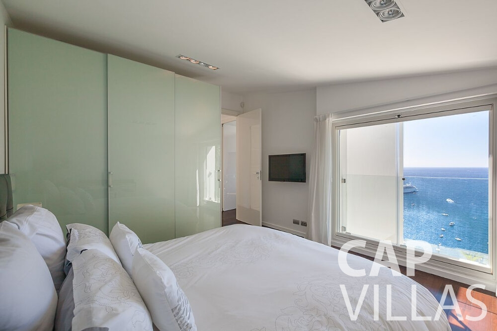 rent Villa Marguerita villefranche bedroom