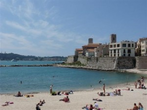 properties for sale on the Cap d'Antibes.